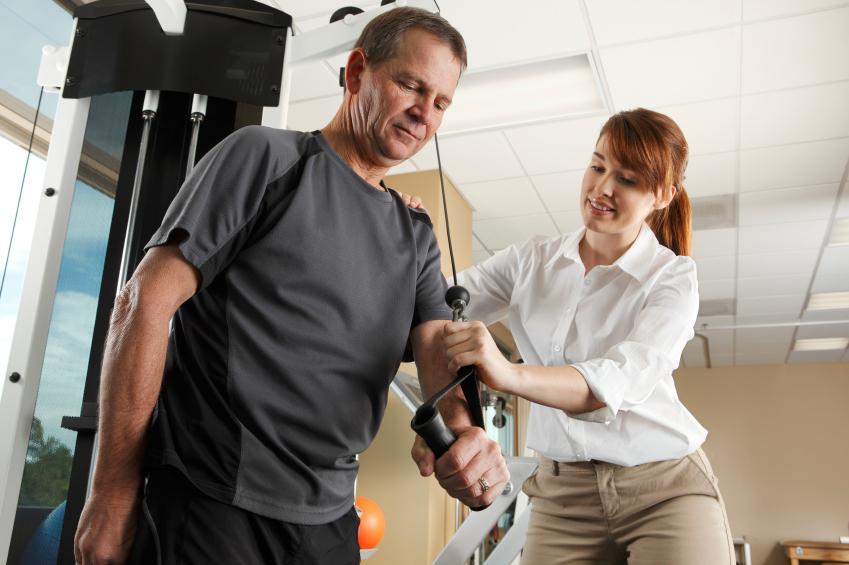 Gerätegestützte Krankengymnastik ist ein Bestandteil der Heilmittelkombination D1