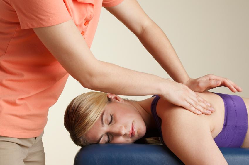 Die Sport-Massage stellt eine Ergänzung zur klassischen Massage dar.