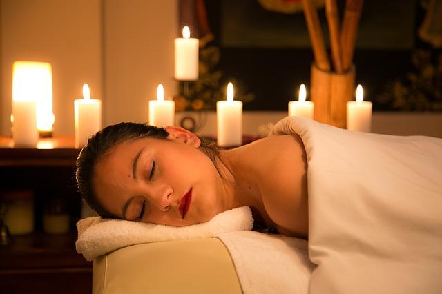 Relax-Massage bedeutet ganzheitliche Entspannung von Körper und Geist